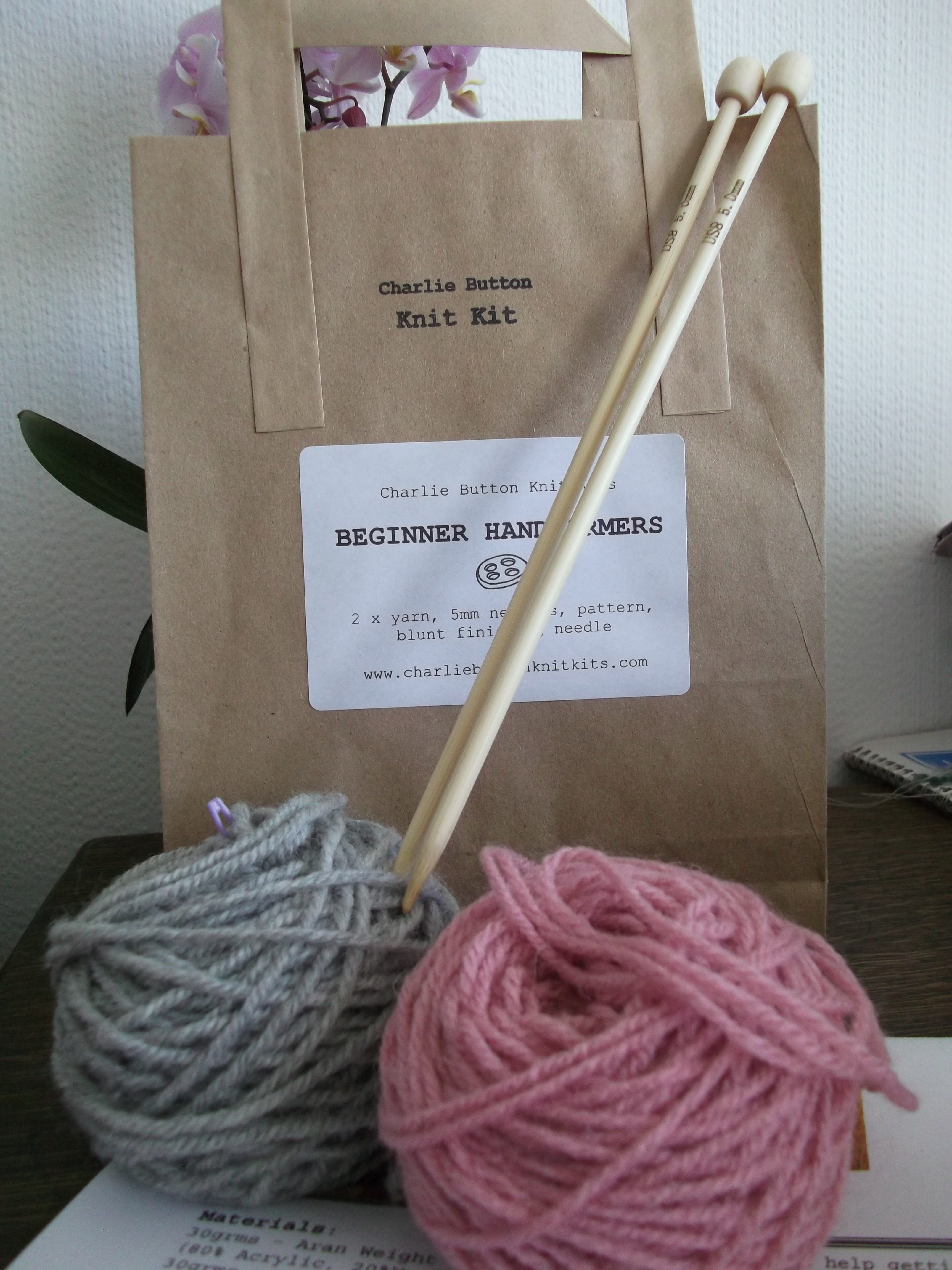 Knitting Kits For Beginners Uk : Beginner knitting kit hand warmer pink and grey